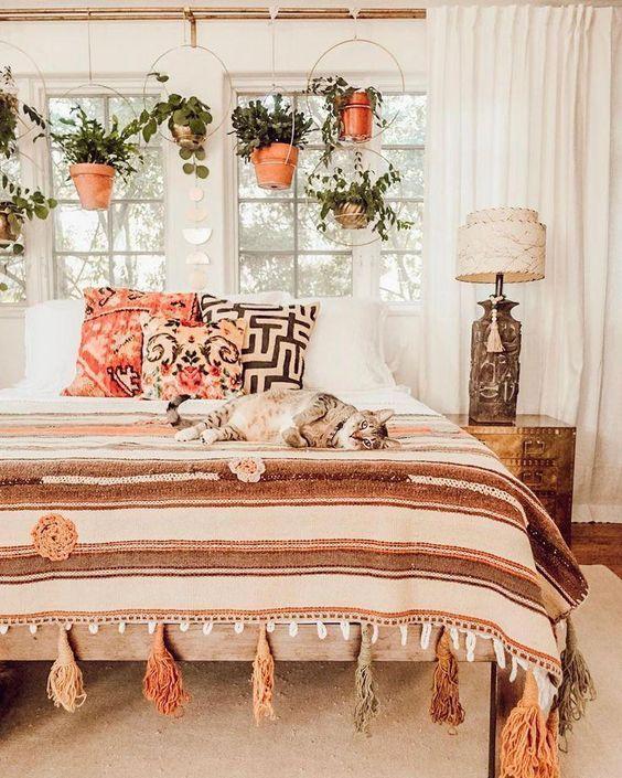 29 Comfy Boho Rustic Bedroom Design Ideas Urban Outfiters Bedroom Bohemian Bedroom Design Home Decor Bedroom