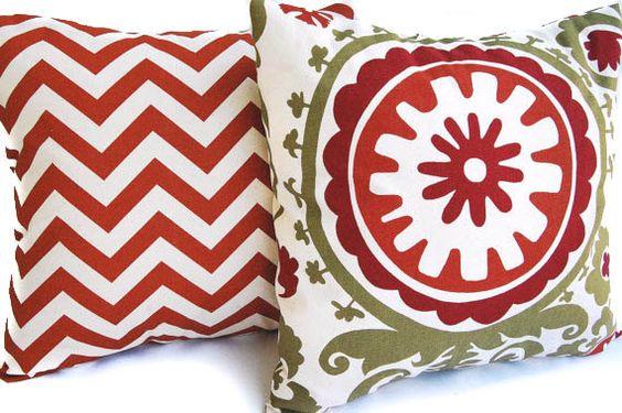 Coppia di arancione decorative throw pillow copre per dimensione 20 x 20 inserti in ruggine e naturale zigzag Chevron (non bianco) e ruggine,