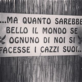 ☠☠🔪🔪#instagram #instagood #rabbia #fastidio #campacentoanni #fidati #fidatevi #disgusto #spia #sparlare #nemico #nemicopubblico #italia #italy
