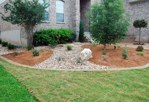 River rock and mulch bed our outdoor living for Rock garden bed ideas