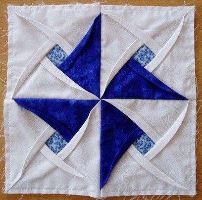 Unusual & beautiful quilt block from Les Passions de Didine   pix ... : folded quilt blocks - Adamdwight.com
