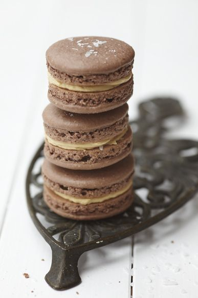 salted chocolate peanutbutter macarons