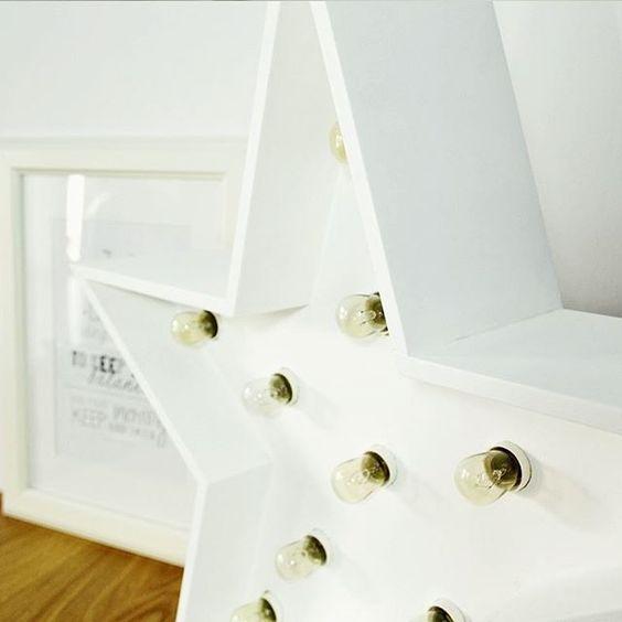 Deco en madera y letras con luces personalizadas para bodas/eventos. Handmade. Taller propio.  Blog > www.letrasluces.com 📨 letrasluces@gmail.com
