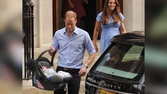 Es el coche con el que recogió a su primogénito en el hospital para llevarle a casa. El Príncipe Guillermo de Inglaterra va a vender su…