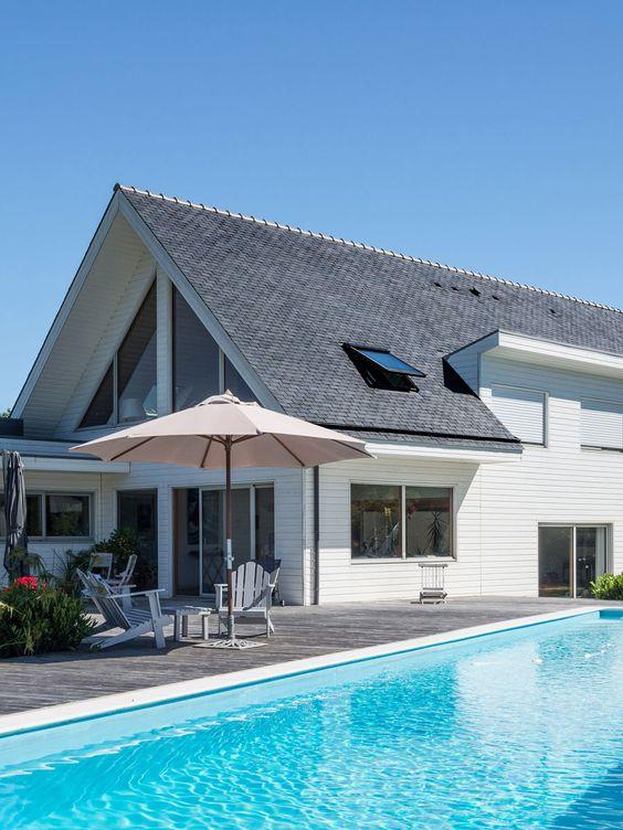 Un design épuré, élégant et accueillant | #toiture #ardoisenaturelle #architecture #maison #design