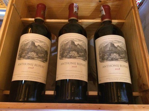 Có Nên Thử Rượu Vang Đỏ Nam Phi Hay Không ?