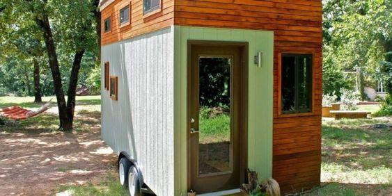 El estadounidense Joel Weber diseñó  una vivienda de 13 m2. Gracias a ella, podrá ahorrar más de US$19.000 de los gastos que conllevarían sus estudios universitarios.