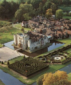 Hever Castle- I have to go one day! It's the childhood home of Anne, Mary, and George Boleynn!
