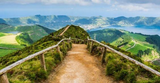 Gu der Azoren Reise. Befindet sich die finden Sie in unserem gu Azoren: Orte zu besuchen, Gastronom, Parteien... #Azoren #umgugueinemReiseinformationenAzoren #Azoren #guAzoren