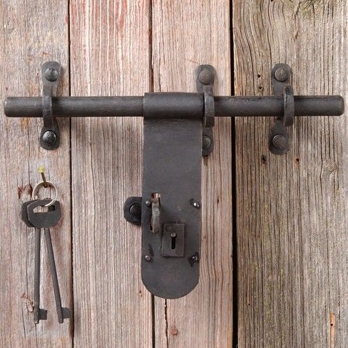 Pin By Scott Brafford On Fence Barn Door Latch Rustic Barn Door Hardware Barn Door Hinges