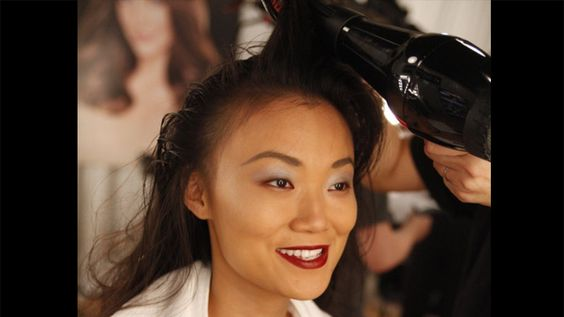 TRESemmé Celebrity Stylist Jeanie Syfu certainly knows how hair can complete any look. Leading the TRESemmé team, Syfu consults with designer contestants to create the runway hairstyles on Bravo's hit series, as featured in these Finished Looks photos.