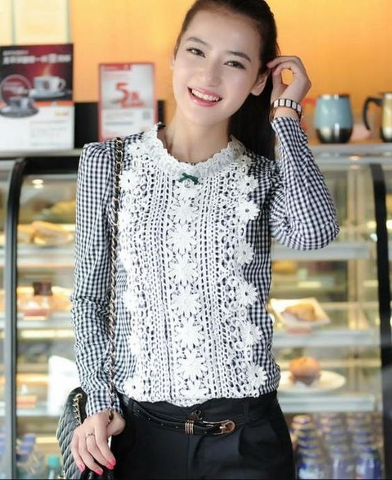 Black Embroidered Long Sleeves Korean Fashionable Blouse with Lace at Front 1