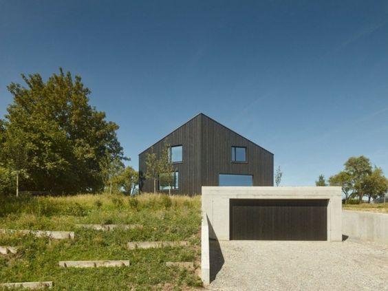 Designer Haus mit Garage auf verschiedenen Ebenen neue Hausidee - geometrische formen farben modernes haus