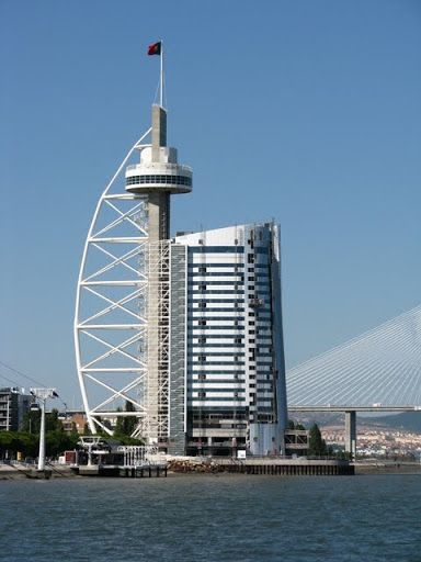 Torre Vasco da Gama e Hotel Myriad
