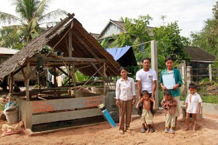 GreenSeat maakt groen op vakantie gaan voor iedereen mogelijk. Wie namelijk bij de reis een GreenSeat boekt, compenseert de CO2-uitstoot door huishoudens in ontwikkelingslanden toegang te geven tot duurzame energie. De organisatie heeft een campagne gestart 'Boek Groen, Win groen'. Lees meer en doe mee aan de actie. Klik op de foto