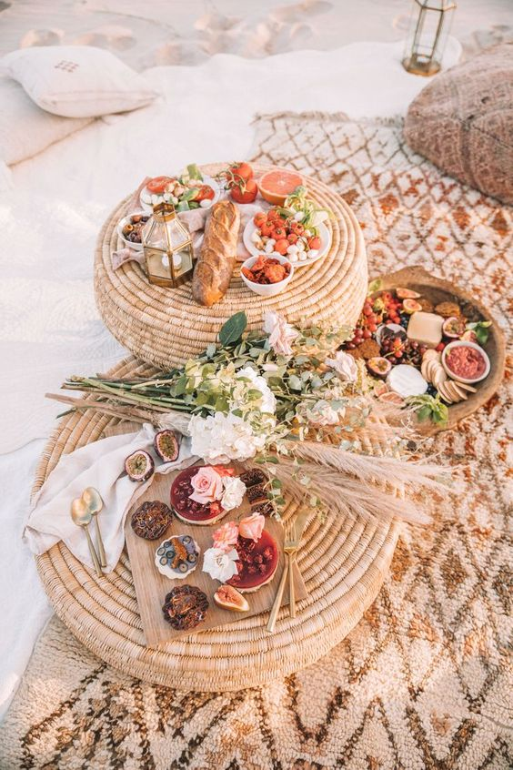 BEACH PICNIC â?? Spell & the Gypsy Collective
