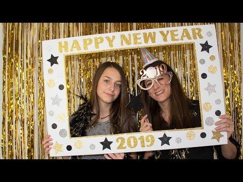Diy New Year S Eve Photo Booth Picture Frame Youtube Photo Booth Picture Frames Diy Photo Booth Backdrop Christmas Photo Booth