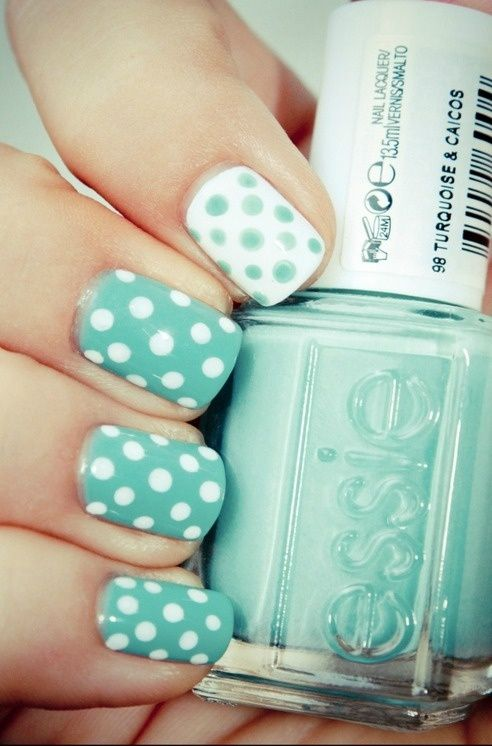 Turquoise and white polka nails Essie