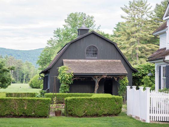 Garage & Kitchen Garden