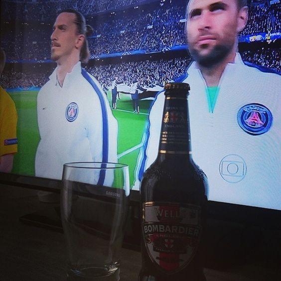 Curtindo o feriado!!! Barça x PSG!!! #ucl #psg #barça #cerveja #beer #wellsbombardier
