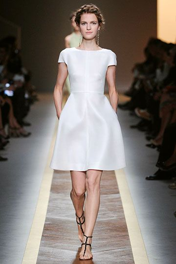 Valentino Spring 2012 RTW Fashion Show  Little white dresses ...