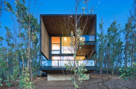 Gallery of Cortes House / WMR Arquitectos - 2