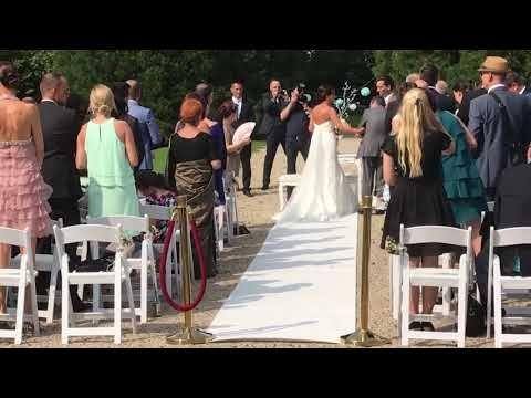 Halleluja Tochter Singen Fur Ihre Mutter Zur Hochzeit Youtube Flashmob Hochzeit Meine Tochter Singen