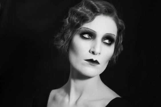 1920s | 20s Hair & Makeup