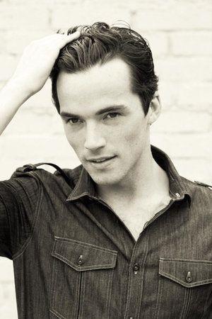 Ian Harding AKA Ezra Fitz, the reason I am watch Pretty Little Liars.
