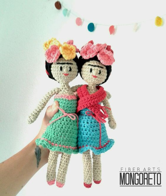 Amigurumi Monster Free Pattern : Frida Kahlo amigurumi FRIDA Pinterest Amigurumi and ...
