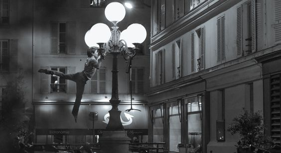 Les photos en suspension d'un danseur à Paris | Vanity Fair