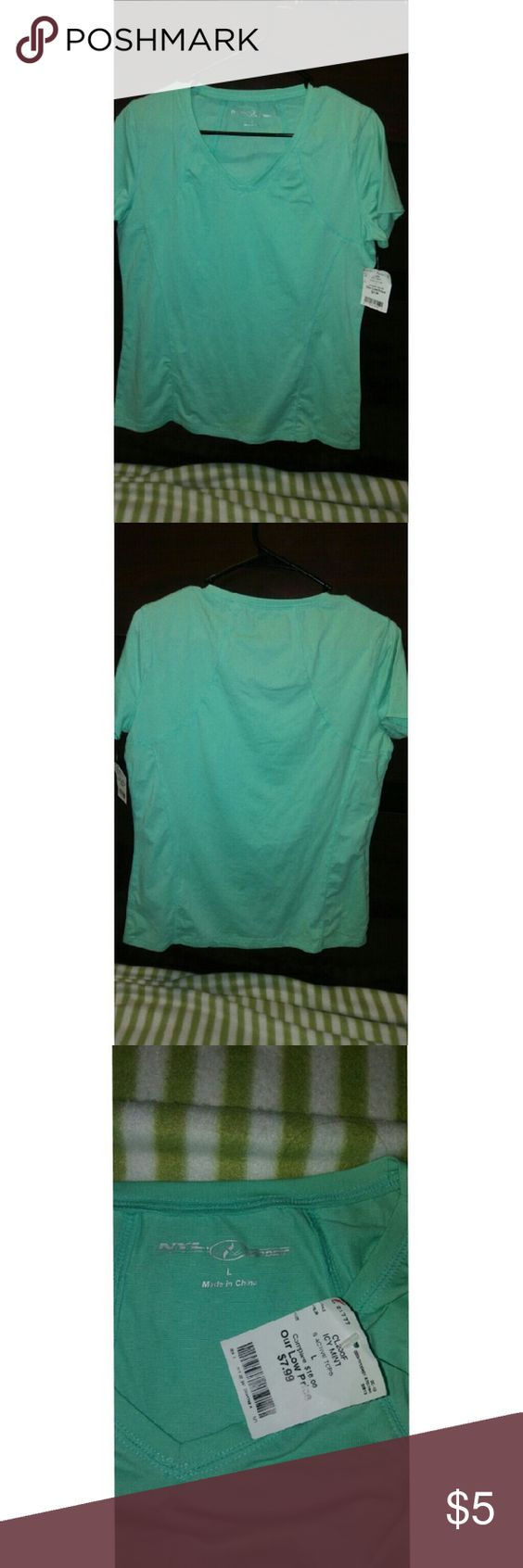 Workout shirt This is an icy mint workout shirt that I have never worn. Really stretches No stains! Smoke and pet free! Tops Tees - Short Sleeve