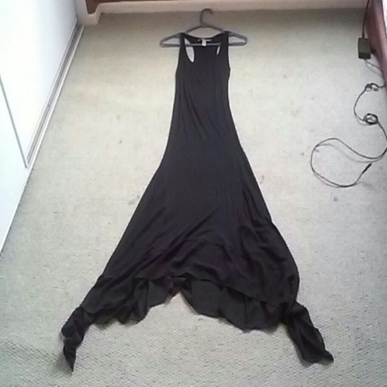 I love this dress! This maxi dress can be dressed up or down. Dresses Maxi