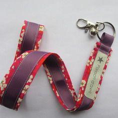 Porte-clés collier en liberty mitsi rose & violet