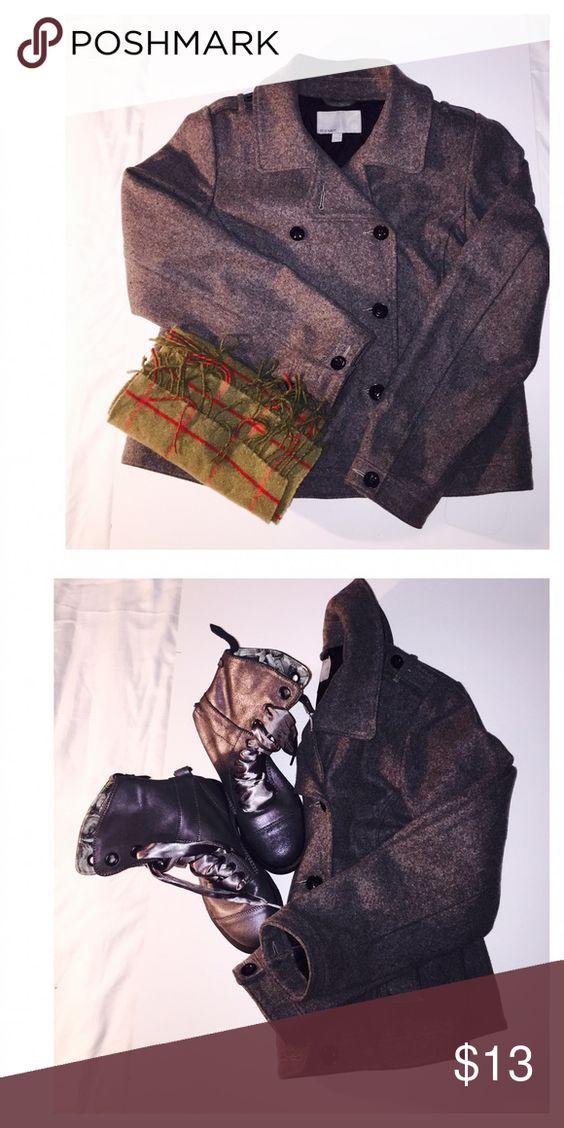 old navy pea coat gray good condition old navy pea coat gray good condition Old Navy Jackets & Coats Pea Coats