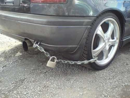 """Only in South Africa - hey, if it works ... """"'n Boer maak 'n plan"""" :)"""
