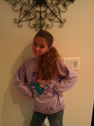 Hey check out Makayla at http://rage.promo.eprize.com/castingcall2012/gallery?id=26102.