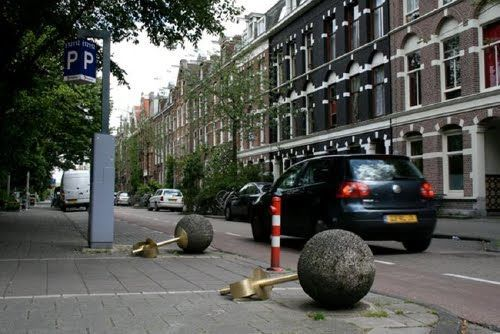 urban jewelry, by Lies Bussche (somewhere in Amsterdam i think)