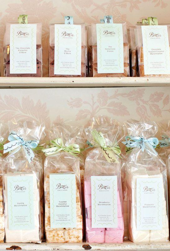 Famous Recipe Marshmallow de mantequilla | mantequilla de repostería y pastelería porción Rosie Daykin | TheCakeBlog.com