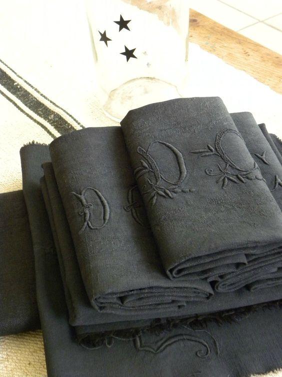 redonner vie une vieille nappe avec de la teinture linge de maison pinterest. Black Bedroom Furniture Sets. Home Design Ideas