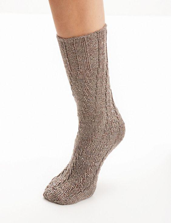 Spiral Socks Knitting Pattern : Yarnspirations.com - Patons Spiral Socks - Patterns Yarnspirations TUBE S...