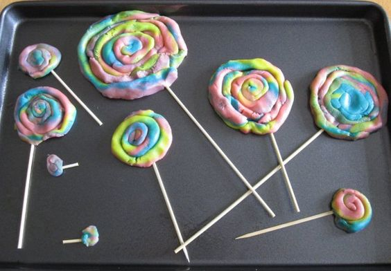 Playdoh Lollipops- SAFE and delicious to eat! Let the kids play, then bake and eat!