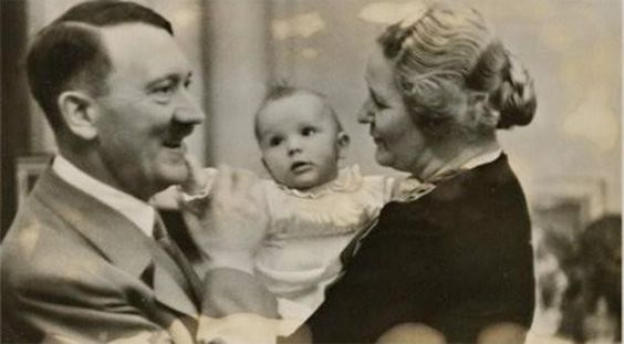 Ahijada de Hitler reclama la herencia del dictador - http://bit.ly/1b3EWlr
