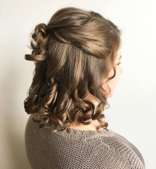 50 Half Updos For Your Perfect Everyday And Party Looks Medium Length Hair Styles Hair Lengths Half Up Hair