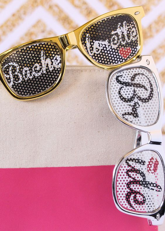 Deck out your bridal party with these whimsical bridal party sunglasses! Include these ultra-fun shades in your thank you gifts for a beach, outdoor, or destination themed wedding.: