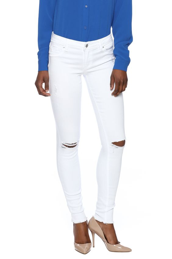 Medium rise 5 pocket white distressed knee skinny jeans.  White Jeans by Tractr Blu. Clothing - Bottoms - Jeans & Denim - Distressed Clothing - Bottoms - Jeans & Denim - White Jeans Clothing - Bottoms - Jeans & Denim - Skinny New Jersey