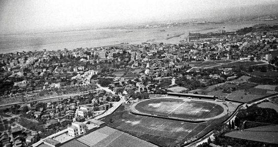 Bir zamanlar Papazın Çayırı (Kadıköy. Şükrü Saracoğlu Stadı'nın olduğu alan)