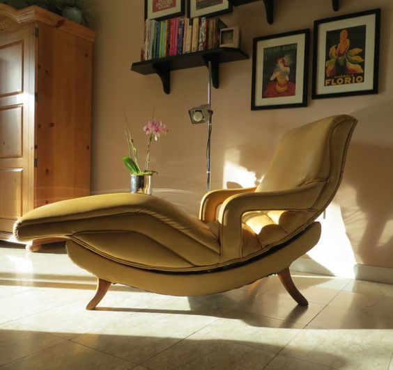 reserved mid century modern contour lounge chair. Black Bedroom Furniture Sets. Home Design Ideas
