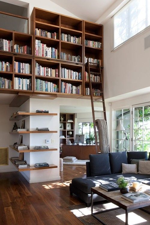Claire Stansfield House ~ library by Marmol Radziner Architects. (Photography: Paul Raeside)  -  This is exactly what I will have to have in my home... but not on just one wall.
