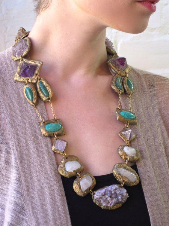 Multi-Mineral Amethyst Garden Statement Necklace with por Pauletta